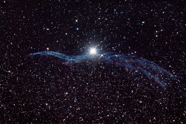 Western Veil Nebula (NGC6960), Supernova remnant near the foreground star 52 Cygni  Skywatcher HEQ5 autoguided - Altair Atro 8 inch Ritchey Chretien (1625mm) - Astro Tech 2 inch Field Flattener - Nikon D750