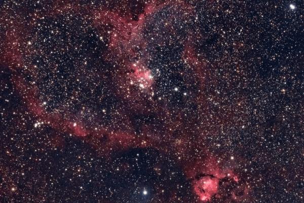 Heart Nebula - IC 1805 - UK HEQ5  Skywatcher HEQ5 autoguided - Altair Astro 80 F/6 Triplet Super APO (480mm) - Altair Astro 1x Planostar Doublet field flattener - Nikon D750