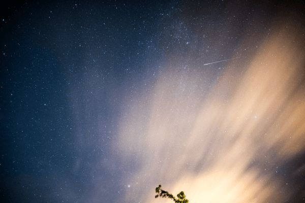 UK Perseids Meteor Shower   4h shooting session (20 sec shutter) - Nikon D750